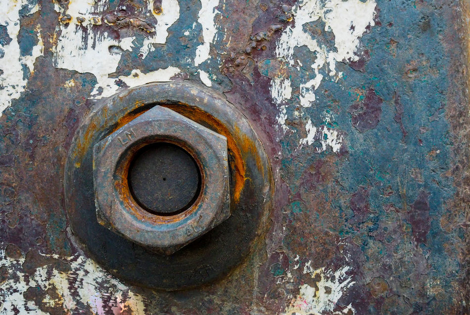 Abandoned Bad Condition Chain Close-up Construction Construction Site Damaged Day Equipment Gear Hinge Knot Machine Metal No People Obsolete Old Outdoors Run-down Rust Rusty Sring Textured  Weathered