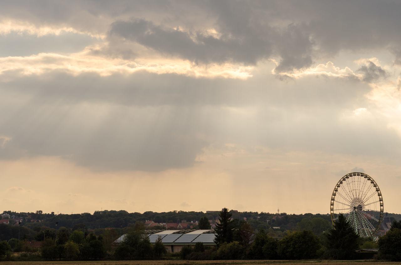 Beauty In Nature Bäume City Cloud - Sky Clouds Himmel Jahrmarkt Landscape Landschaft Lutherstadt Eisleben Nature Outdoors Riesenrad Rummel Sky Sonnenstrahlen Sunrays Sunrise Sunrise_sunsets_aroundworld Sunset Wiesenmarkt Wolken