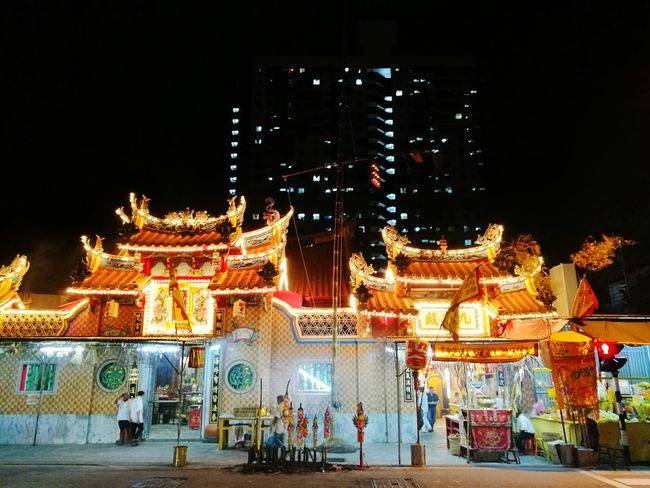 9 King God praying Night Illuminated Architecture Building Exterior Built Structure Large Group Of People City Tower City Life Person Sky Skyscraper Tall - High Entrance Tall Culture Dark Façade Outdoors Place Of Worship