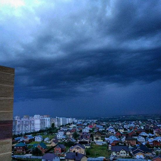 казань татарстан тучи вечер ilovekazan intheevening summer sky niceview cityscape rain clouds а в Дербышках наверно льет не по детски....