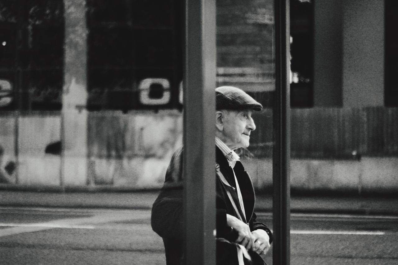 our grandpa Photography Street Ukphotographer POTD Aaphotography92 Focus On Foreground Road City Life Summer Side View Casual Clothing City Human Face Blackandwhite Old-fashioned Uk England Oldman In Subway Outdoors Hanging Out Pedestrian Check This Out Coffee And Cigarettes Enjoying Life