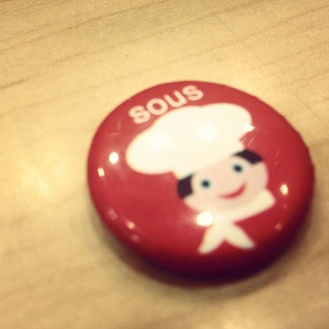 Button Red Chef Souschef