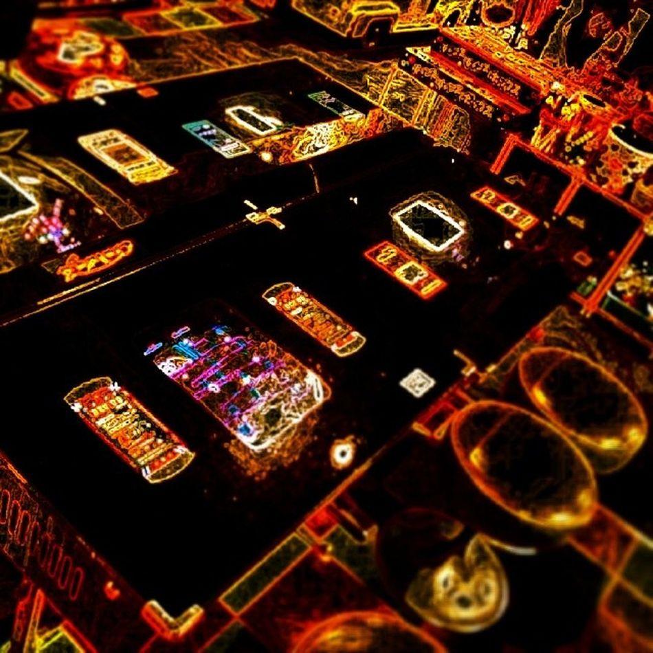 Electric gaming Odiba Tokyo Japan Game gaming videogames spaceinvaders galaga oldschool oldskool electronic filter paperartist fun