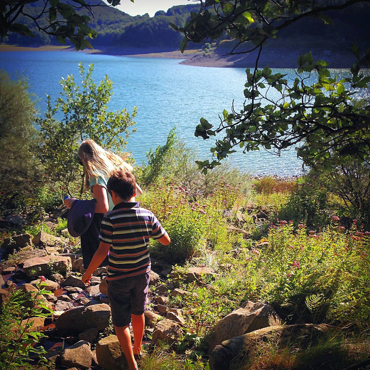 Rear View Togetherness Cousins  Friends Full Length Love Day Friendship Adventure Lake Lago Lake Paduli Italy Casual Clothing Nature Bonding Childhood Holiday Family Running Daughter Tranquility Leisure Activity People Vacations The Great Outdoors - 2017 EyeEm Awards