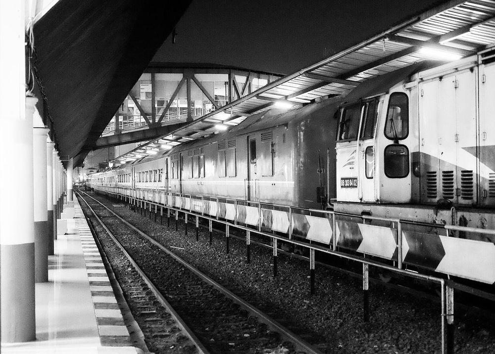 Night Train... Train Station Train Transportation Urban Transport