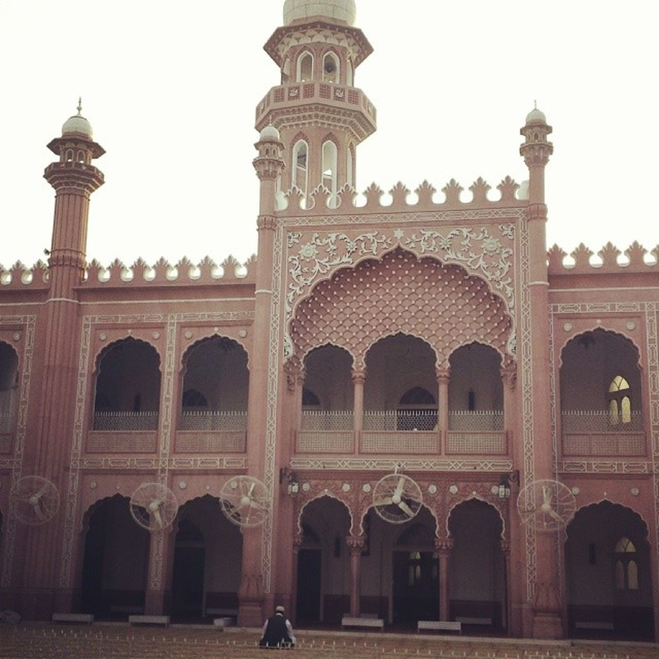 Soneri Masjid, Peshawar Sonerimasjid KPK Masjid red prayer