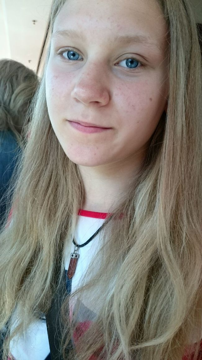 My best friend is the best think what I have and found in my live. I am so love her. Bestfriend Like Sisters Love Her Natural Beauty Blonde Girl
