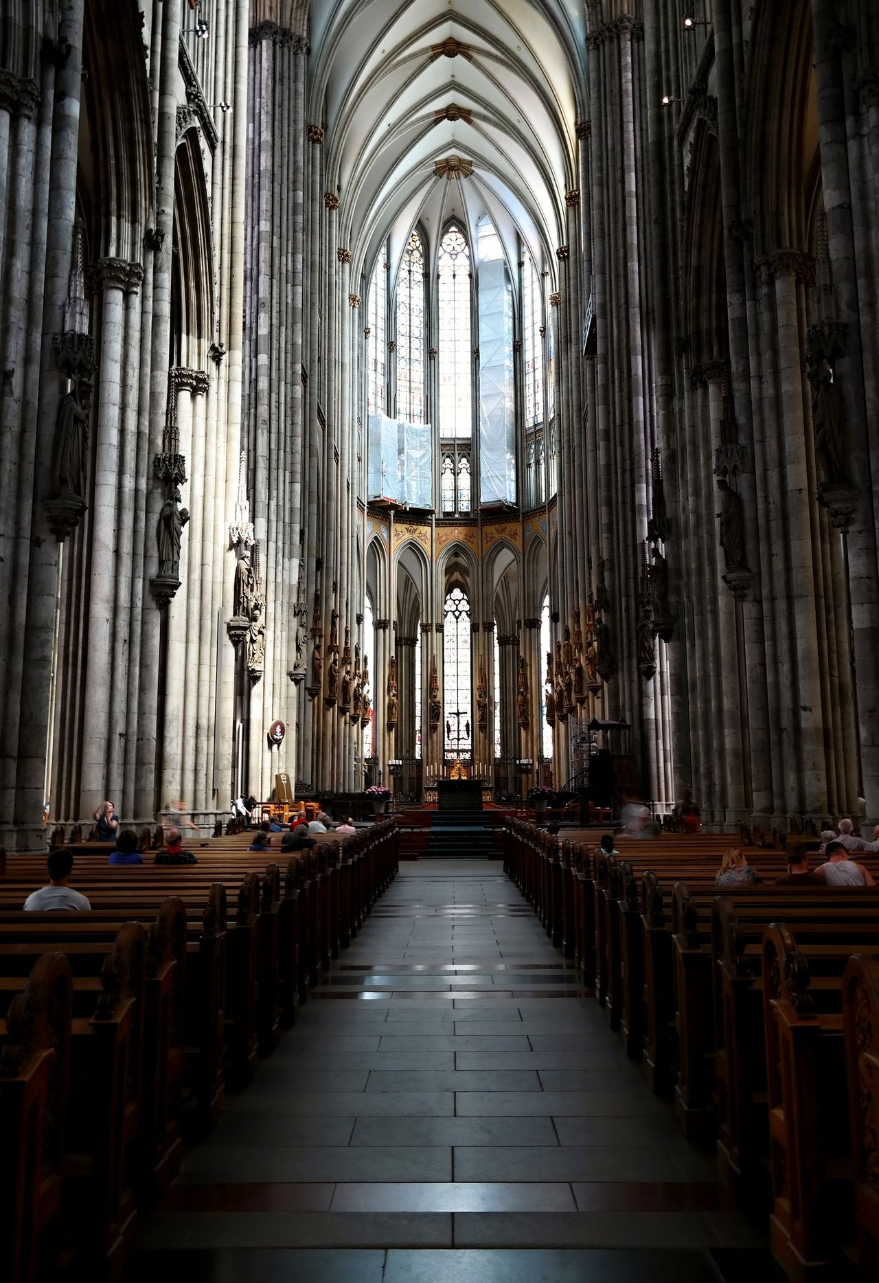 Altar Architectural Column Architecture Cathedral Church Cologne Cologne Cathedral Germany🇩🇪 History Indoors  Köln Kölner Dom Kölner Dom Cathedral North Rhine-westphalia NRW Place Of Worship Place Of Worship Religion Spirituality The Architect - 2017 EyeEm Awards Traveller