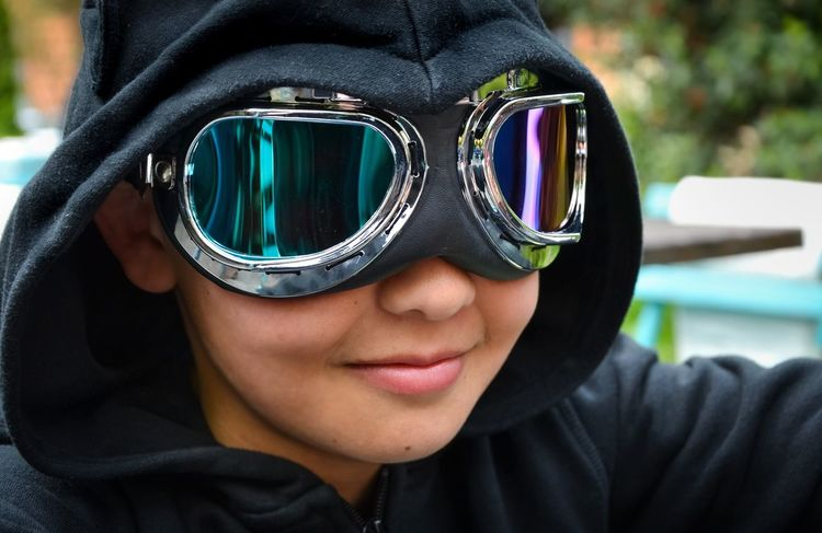 Boy wearing goggles. Faces Of EyeEm Eyemphotography Hanging Out The Moment - 2015 EyeEm Awards Color Portrait Portrait Eyem Kids Enjoying Life The Portraitist - 2015 EyeEm Awards Faces Of Summer
