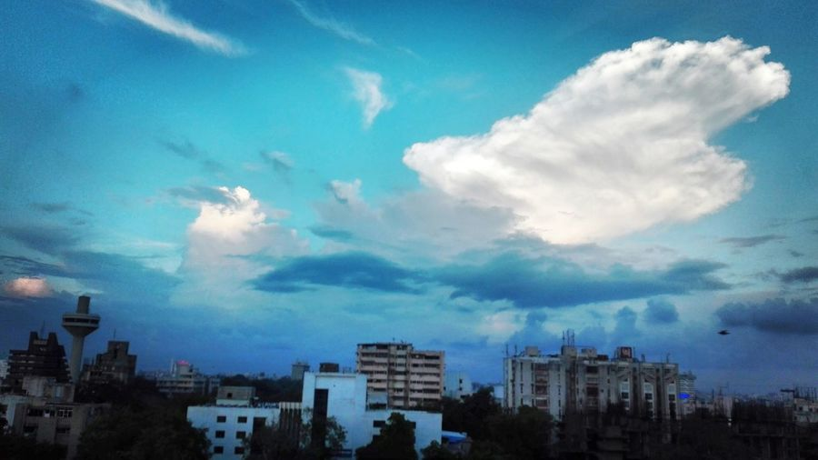 Battel of Clouds Window Scene Office Dairy Hello World Check This Out Mobile Photography Honor 4c ThatsMe