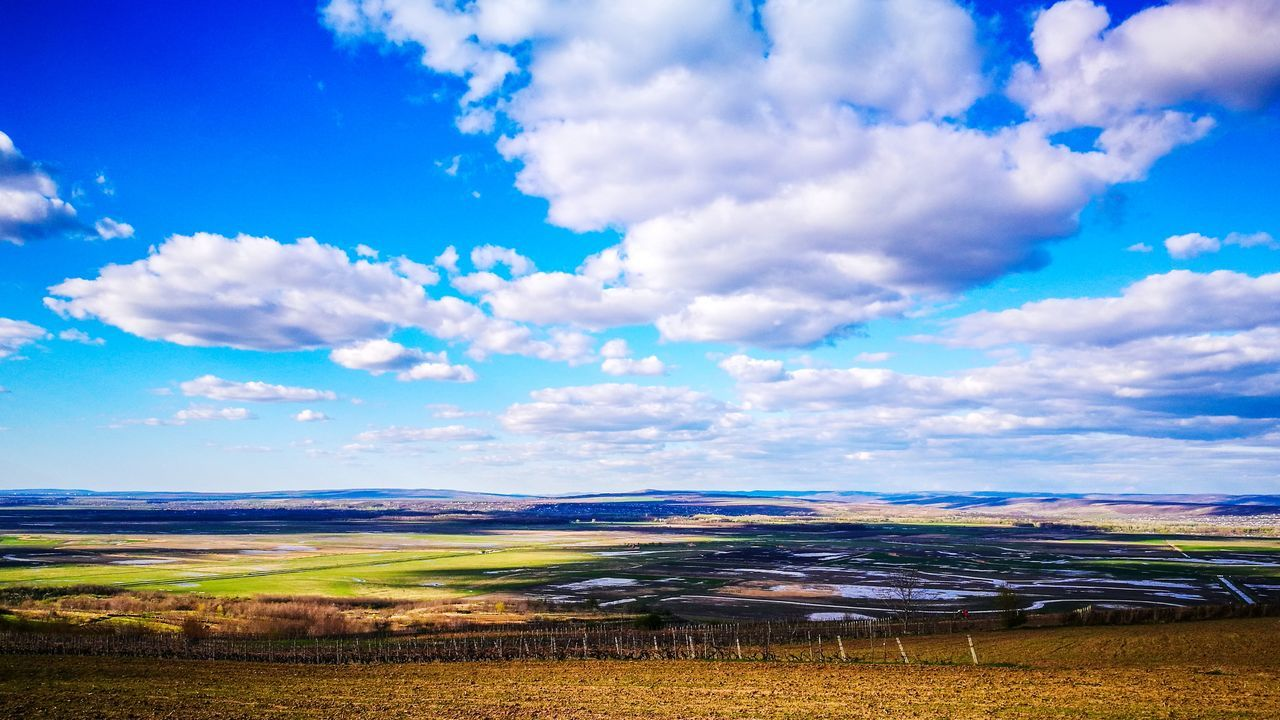 Landscape Beauty In Nature Nature Outdoors Blue Sky Cloud - Sky Contrast Pornsky  Light Cloudporn Dramatic Sky Ig_romania Explore The World Lightroom Wallpaper Wonderland Amazing View Aroundtheworld Bestshot Iasi Justfeelit EyeEmNewHere FirstEyeEmPic