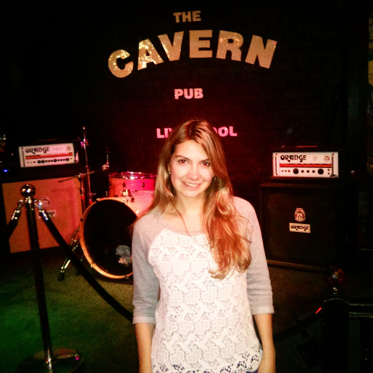 What Does Music Look Like To You? The Cavern bar de los beatles musics en vivo
