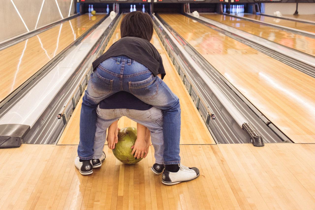 Beautiful stock photos of bowling, 4-5 Years, Bending, Bonding, Bowling Alley