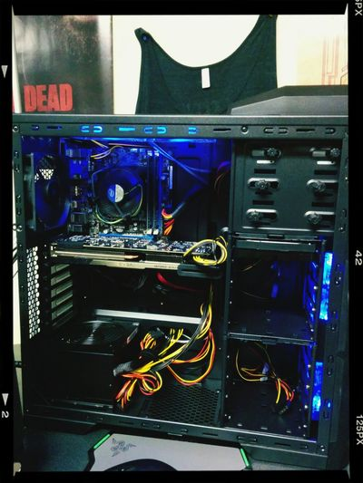 Loving my Amazing New Computer, hard work really paid off :D