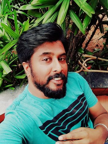 Embrace Life!! Men One Person Young Adult Looking At Camera Leisure Activity Portrait Mid Adult Men One Man Only Adult Human Face Beardman Bangalorediaries Bangalore Looking At Camera Fashion Smiling One Mature Man Only Beardedmen Bangaloredairies Beardporn Front View Lovemyself Outdoors Adults Only Eye4photography