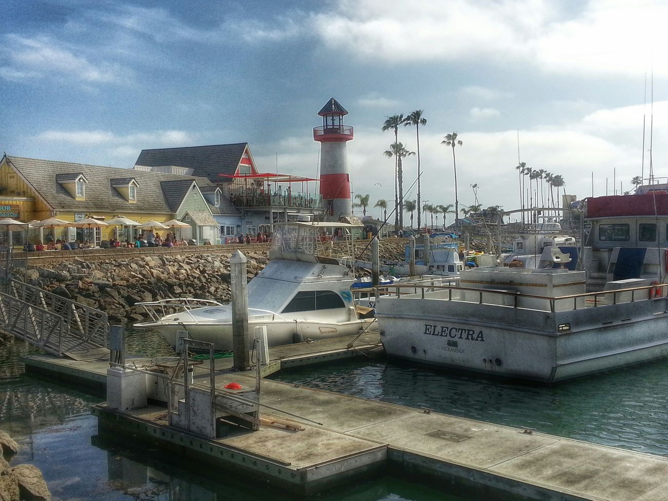 Beautiful view of Oceanside Harbor Relaxing Eye4photography  Hdr_lovers Hdrphotography Oceansideharbor EyeEmbestshots Landscape_photography Hanging Out Oceanside Sandiego