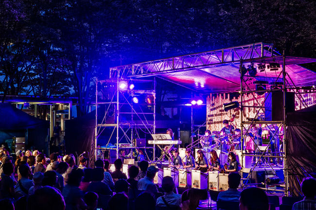 Swing Cube Jazz Orchestra White Band @さいたま新都心JAZZ DAY Concert Event HDR HDR Collection Hdr Edit Hdr_Collection Hdrphotography Jazz Night Night Lights Night Photography Nightphotography Olympus Olympus Om-d E-m10 People Performer  Playing