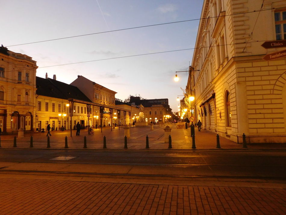 City Life Evening Lights Late Afternoon Light Szeged Walking To Home