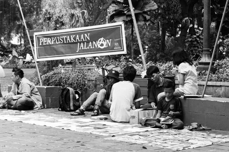Street library Day City People Outdoors Real People Library Street Library Streetphotography Street Photography Blackandwhite Black And White Bnw Bnwphotography First Eyeem Photo Candid Portrait Lifestyles Park Strertphoto Live For The Story Place Of Heart The Street Photographer - 2017 EyeEm Awards The Great Outdoors - 2017 EyeEm Awards The Photojournalist - 2017 EyeEm Awards The Portraitist - 2017 EyeEm Awards EyeEmNewHere Investing In Quality Of Life