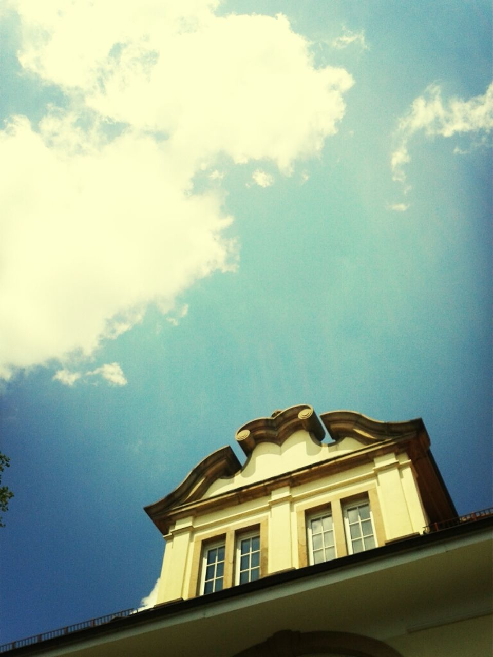 low angle view, sky, cloud - sky, building exterior, architecture, built structure, window, day, no people, outdoors