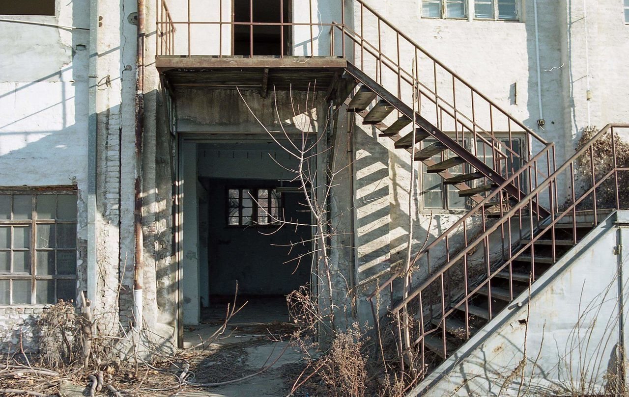 Architecture Built Structure No People Building Exterior Staircase Outdoors EyeEmNewHere Abandoned Factory Kodak Portra160 Abandoned Places Analogue Photography Urban Exploration Architecture