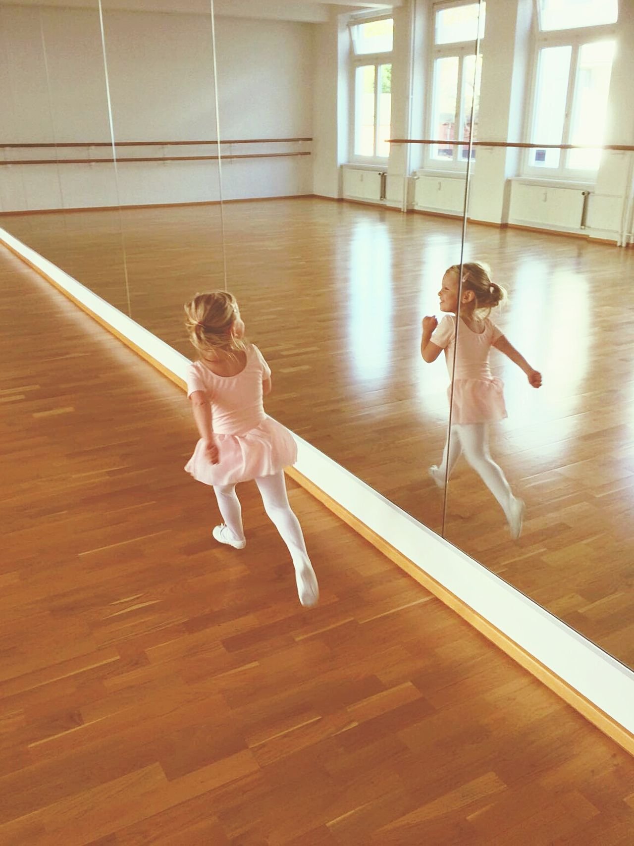 Ballarina Kid Toddler  Running Dancing Ballett Girl Sports Gym Mirror Watching Fun Dress Energy School Learning Lesson