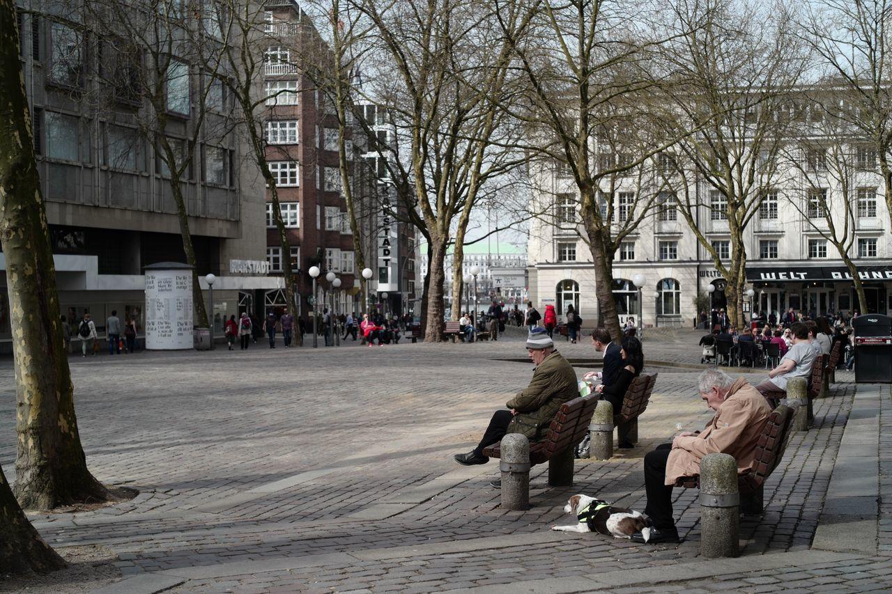 "Visualstoryteller Hamburg Capture The Moment Storytelling Full Frame Life Goes On Creating Alone Hamburg Streetphotography Life Journey Leica Lens See Without Your Eyes.. EyeEmBestPics "" Life """