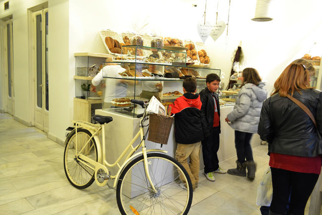 Bicycle Food Food And Drink For Sale Large Group Of Objects Lifestyles Madrid Bars Market Market Stall Perspective Restaurant Retail  Sweet Food Travel Photography Urban