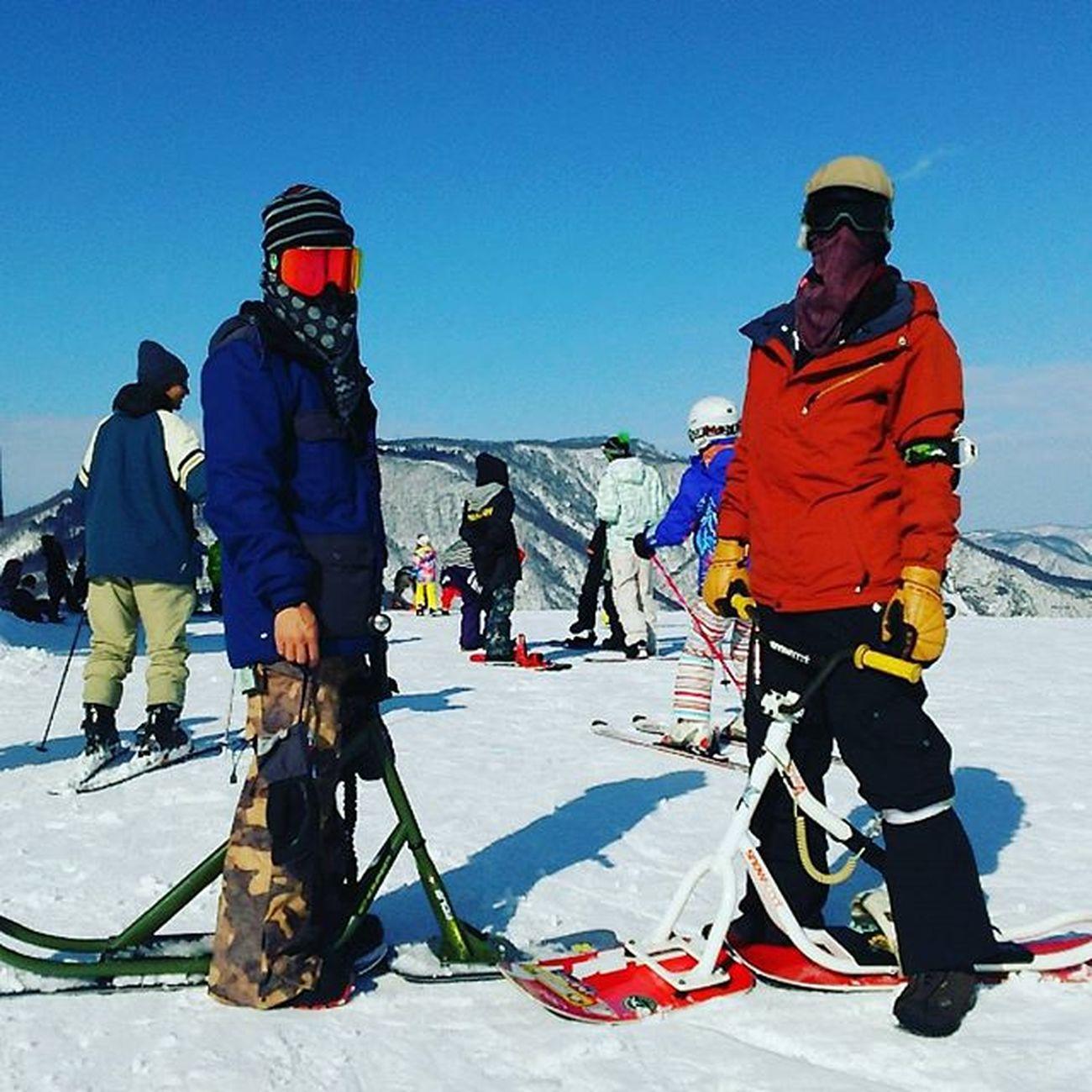 神立でスクートの練習❗ 神立高原スキー場 スノースクート 練習中 雪不足