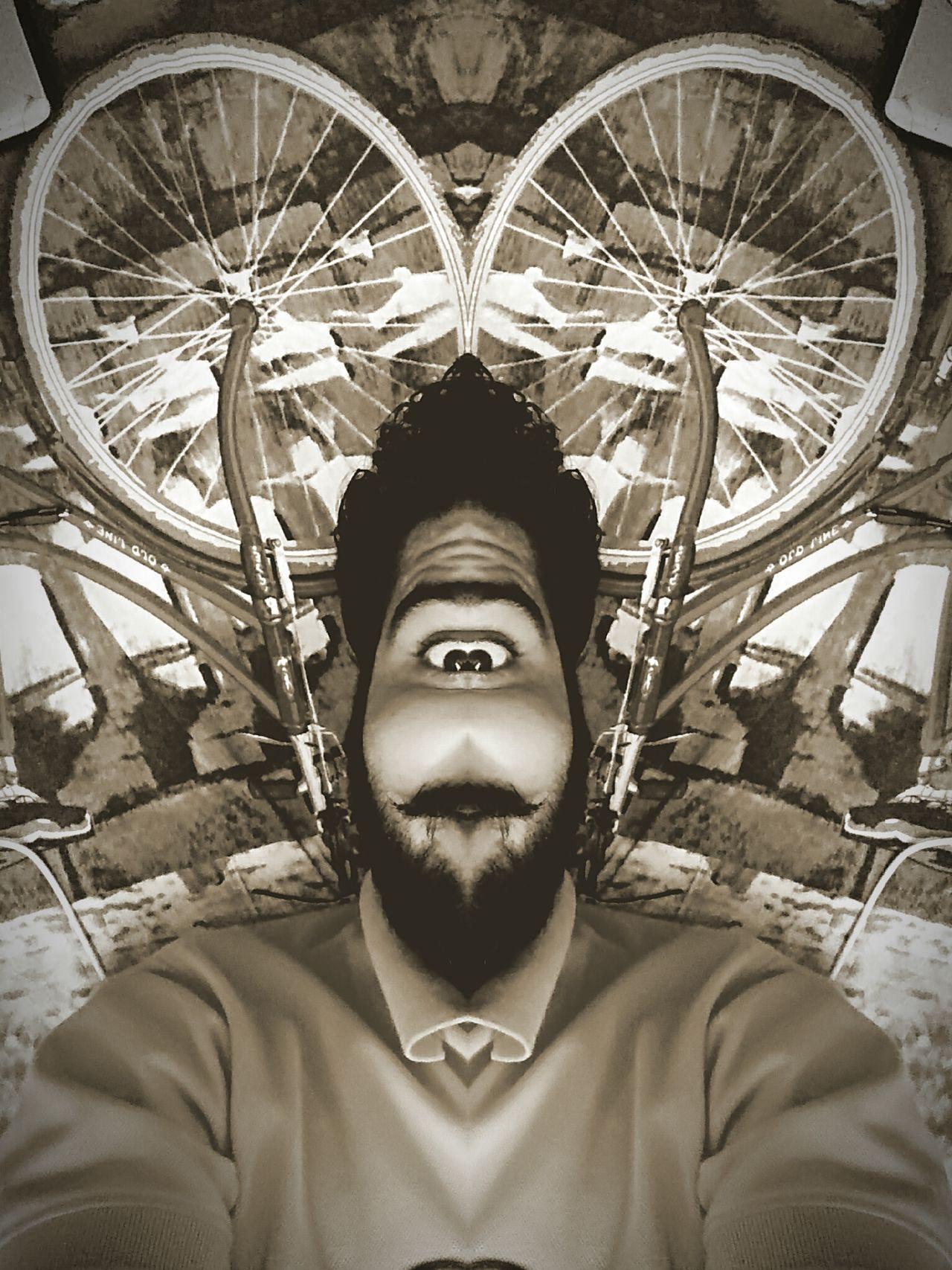 Bicycle Single Eye Creative Photography Creative Shots EyeEm EyeEmNewHere Wiered Creativity Textiles Patterns & Textures EyEmNewHere Sketch Art Portrait Front View Vintage Textured  Dark Highlighted EyeEm Best Shots Beared Eye Heart Mouth😘