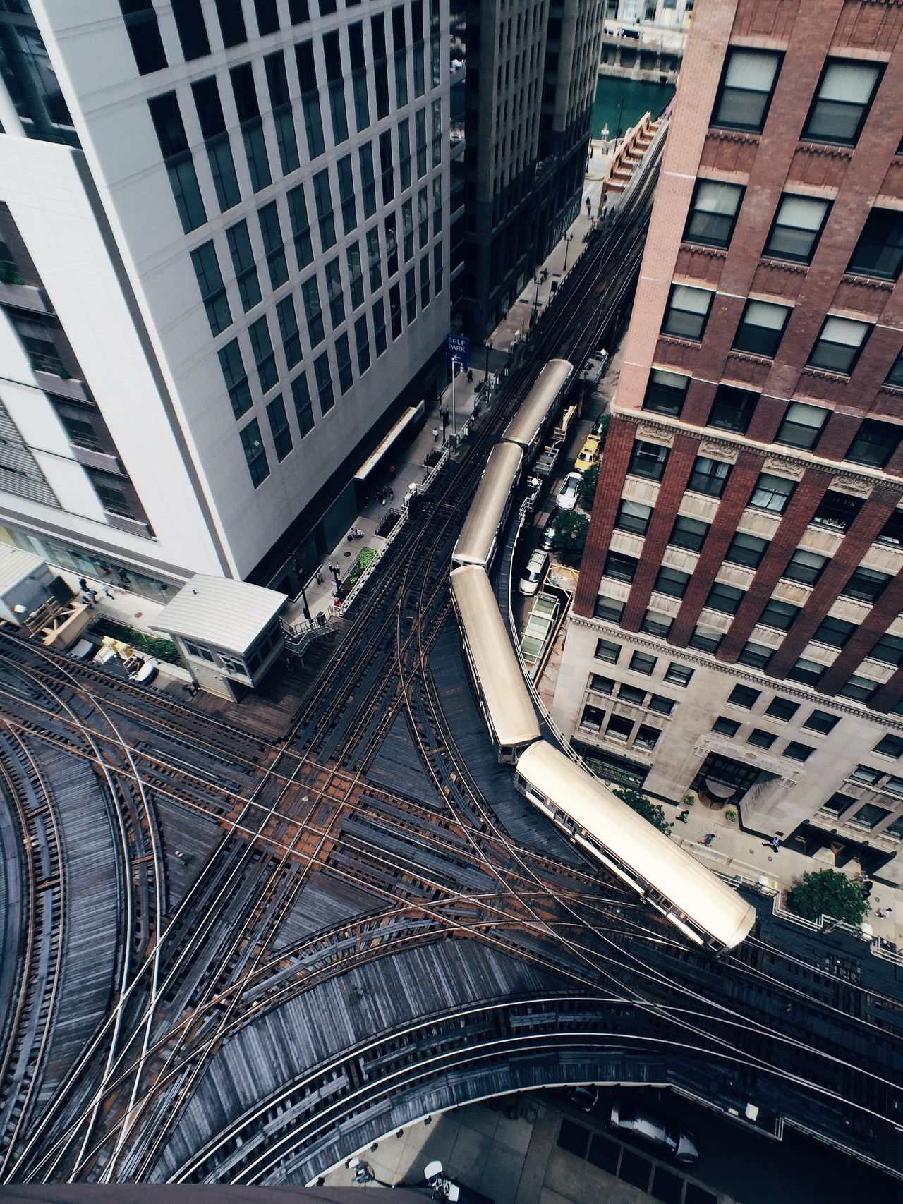 Beautiful stock photos of train, Architecture, Building Exterior, Built Structure, Chicago
