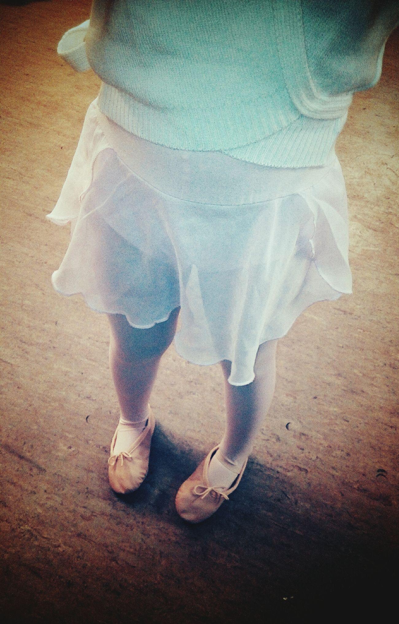 Ballett Ballett ❤ Ballett Love Ballet Classic Ballet Class Balletshoes Ballet-girl Ballet Shoes Ballet ❤ Balletclass Girl Children Photography Childhood Memories Child Photography Children Dancing Girl Dancer
