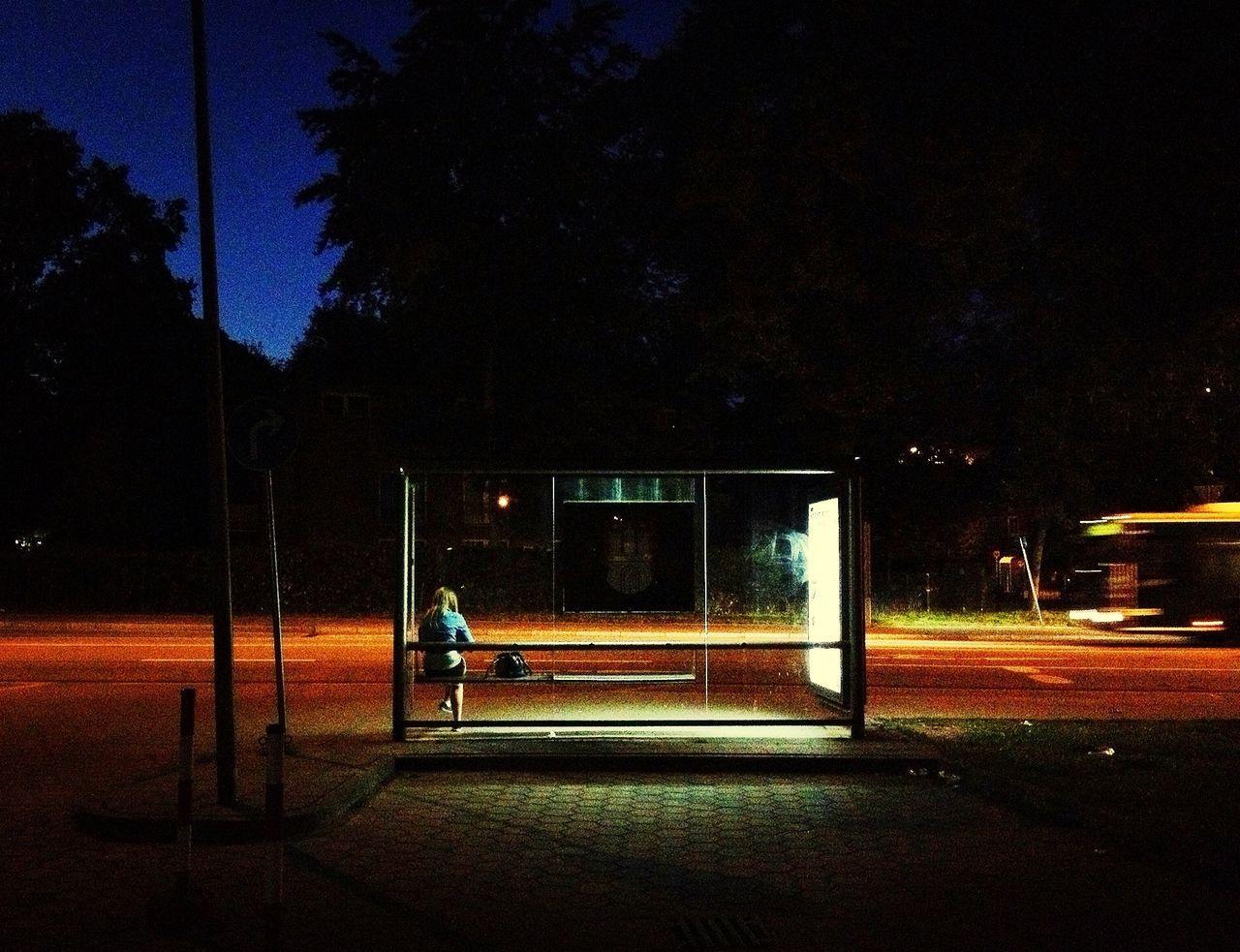Waiting bus stop 25 Days of Summer Night Lights