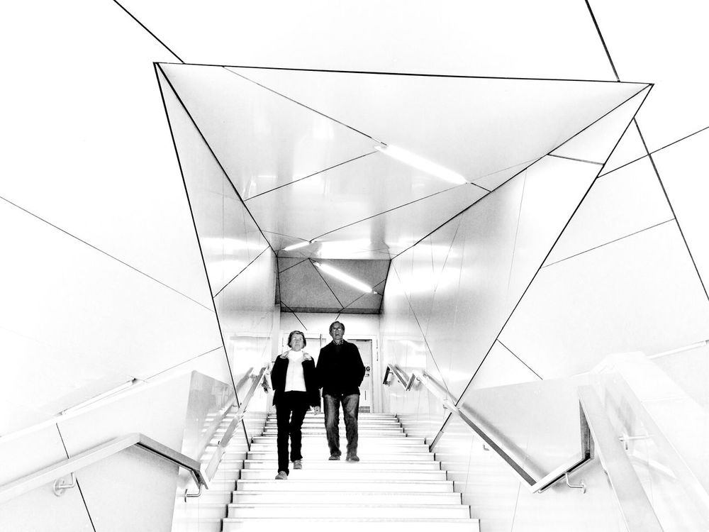 Berlin - Ick Liebe Dir People Watching Black & White Blackandwhite Black And White B&W Portrait Stairways