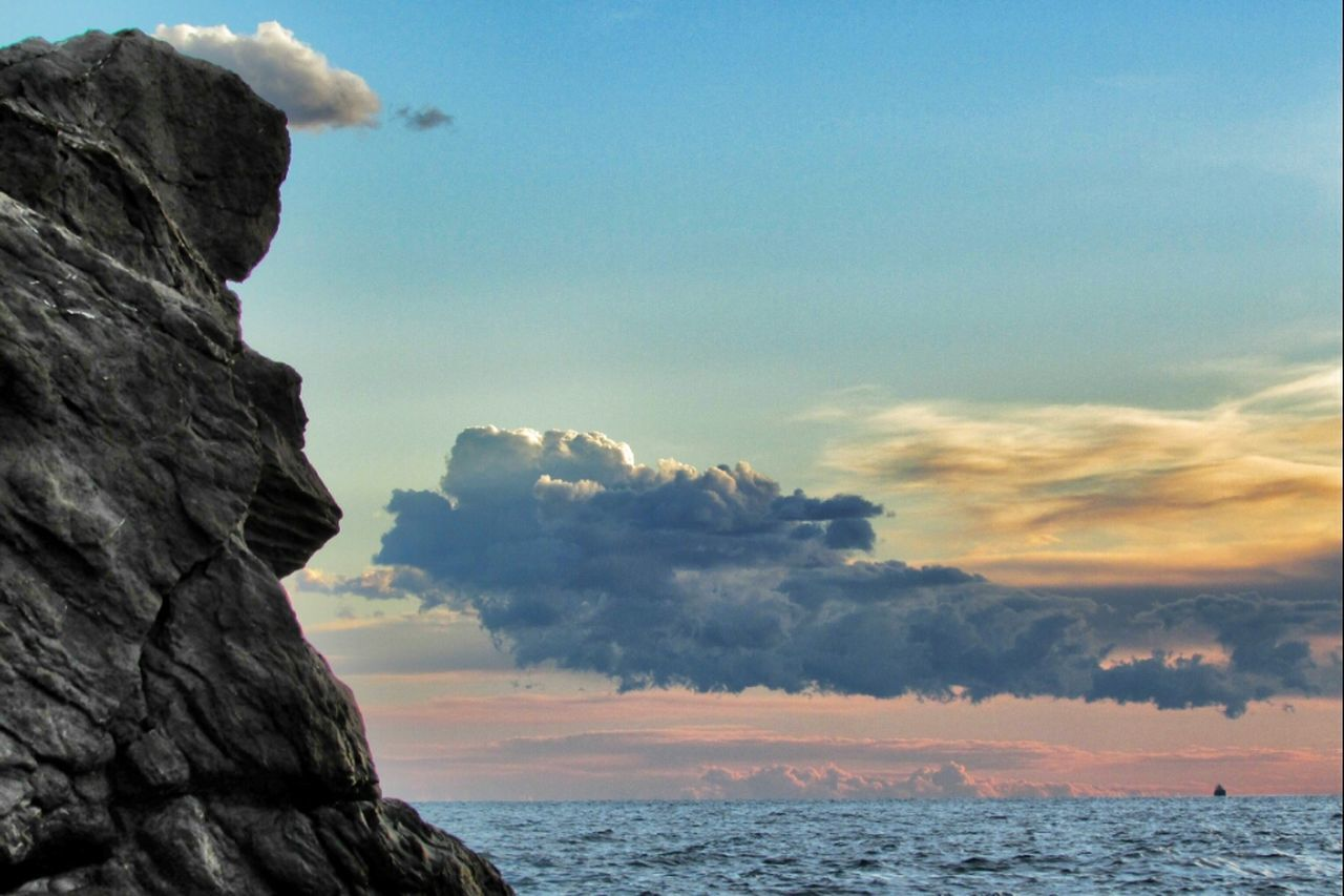 sky, sea, nature, beauty in nature, cloud - sky, scenics, tranquility, tranquil scene, outdoors, horizon over water, sunset, cliff, water, no people, day