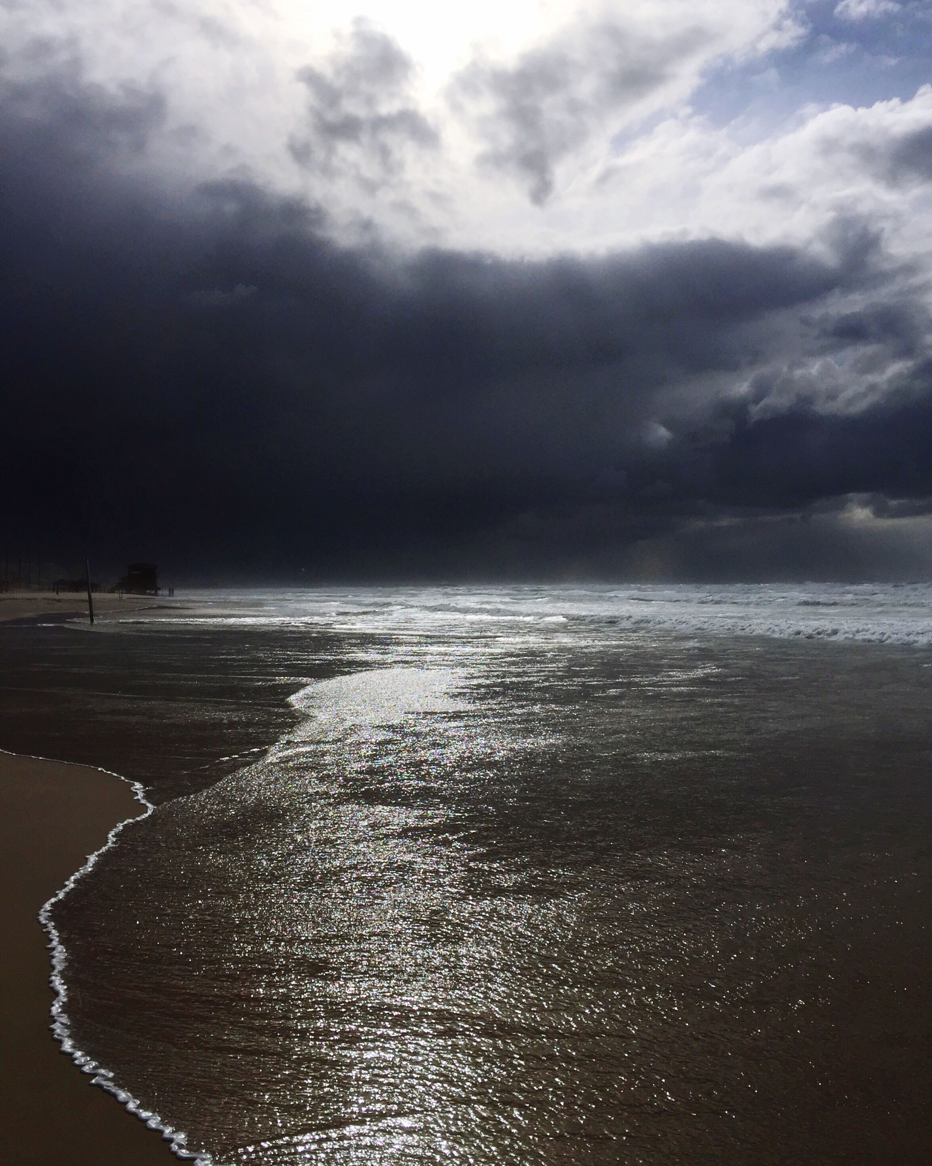 sea, horizon over water, water, sky, beach, tranquil scene, cloud - sky, scenics, tranquility, beauty in nature, shore, cloudy, nature, sand, cloud, idyllic, weather, coastline, wave, seascape