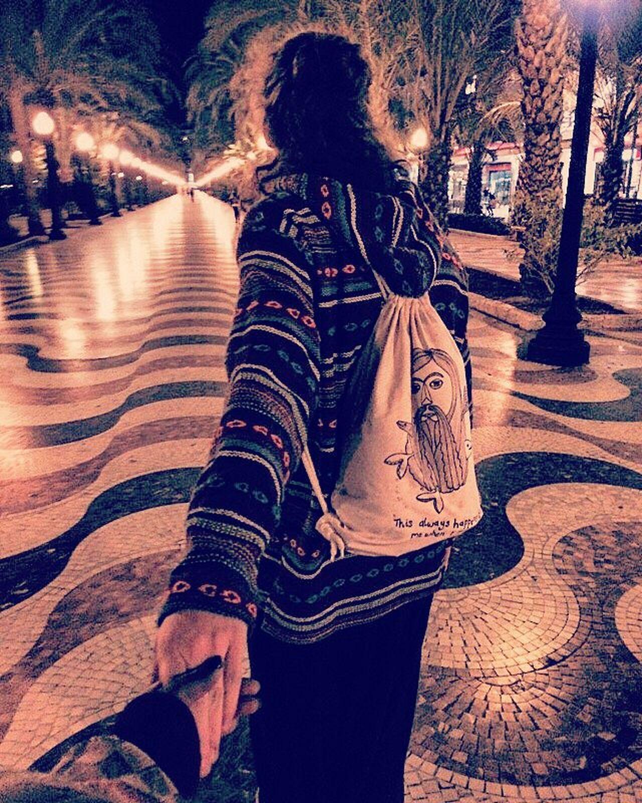 I love it when you hold my hand💜 Spanien SPAIN Holiday Urlaub With Girlfriend Alicante Seaside Meer Beatiful Evening Nevergiveup Bester Urlaub Mit Dir Perfekt Abend Throwback Beatiful Iloveyou