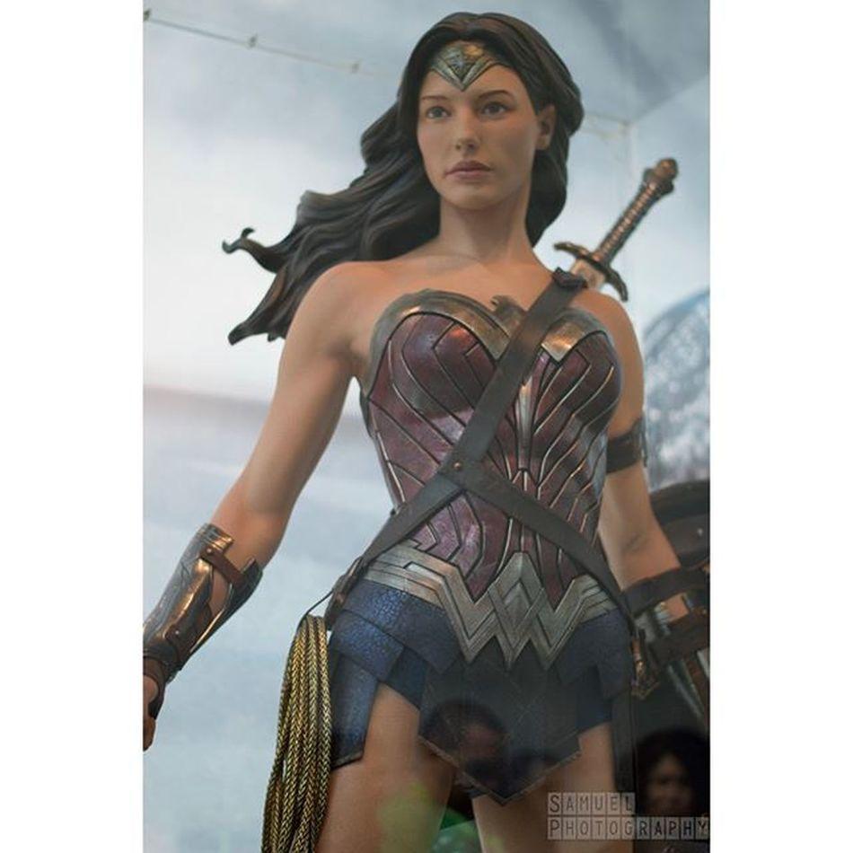 Wonder woman costume at niece Wonderwoman DC Batmanvsuperman Dccomics NYCC NYCC2015 Nycc15 Comiccon Newyorkcomiccon