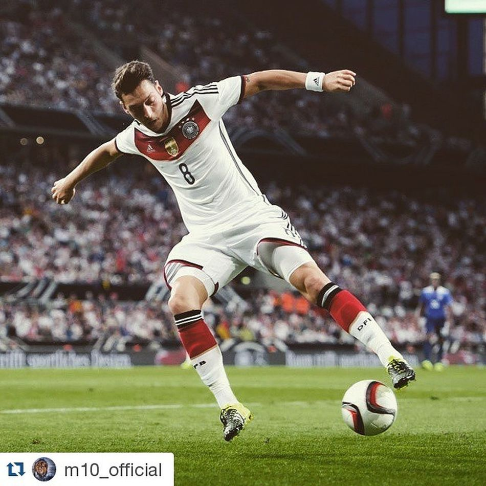 Repost @m10_official ・・・ Last match before the summer break! We have to get the three points - no excuses ... ⚽ @dfb_team Diemannschaft Europeanqualifiers Gibraltar