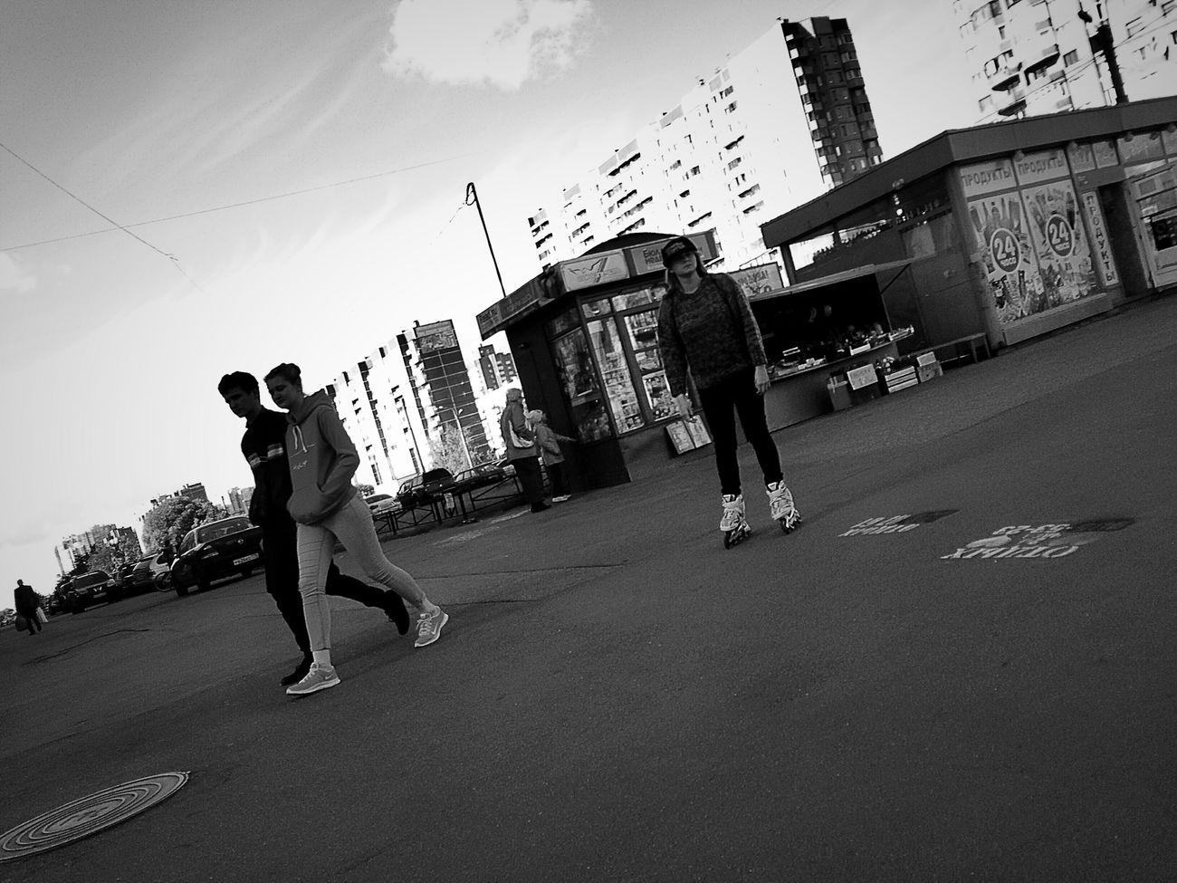 People Watching Blackandwhite Photography Streetphotography Streetphoto_bw Black & White Black And White People Girl
