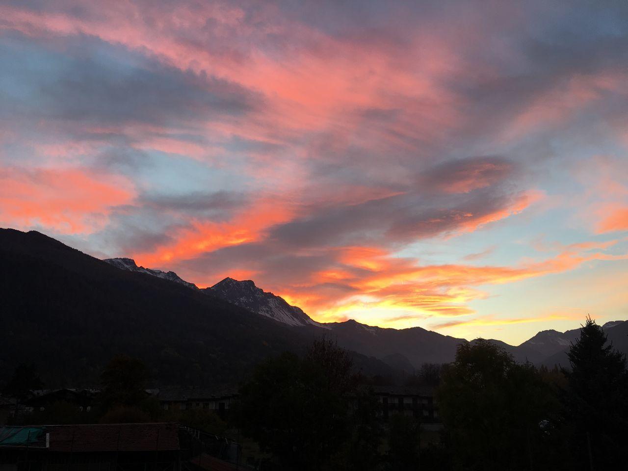 Oulx Italy Alps Mountains Sky Cloud Perfect Magic Sunset Landscape Skyline Nature Autumn Colourful