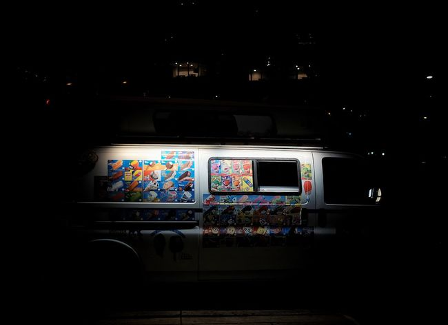 Window Multi Colored Illuminated Dark Creativity Green Color No People Ice Cream Nightcall Streets Of Philadelphia Philly Phillylove ❤️ Mobilephotography FUJIFILM X-T1