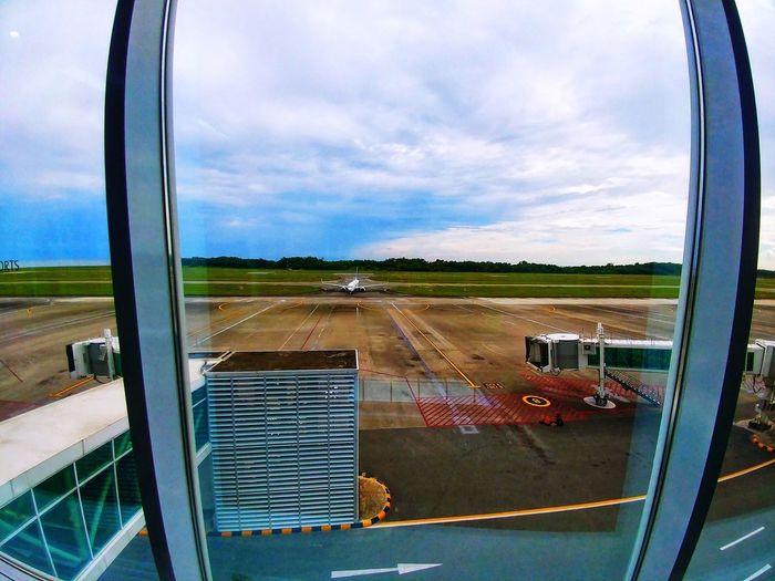 Plane Grateful Transportation Cloud - Sky Window Mode Of Transport Day Sky No People Outdoors Nature