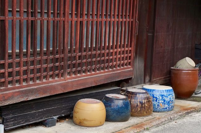 Out to dry Art Art And Craft Ceramic Art Ceramics Colors Drying Japan Japan Photography No People Out To Dry Outdoors Tradition Traditional Vase Vases Wooden
