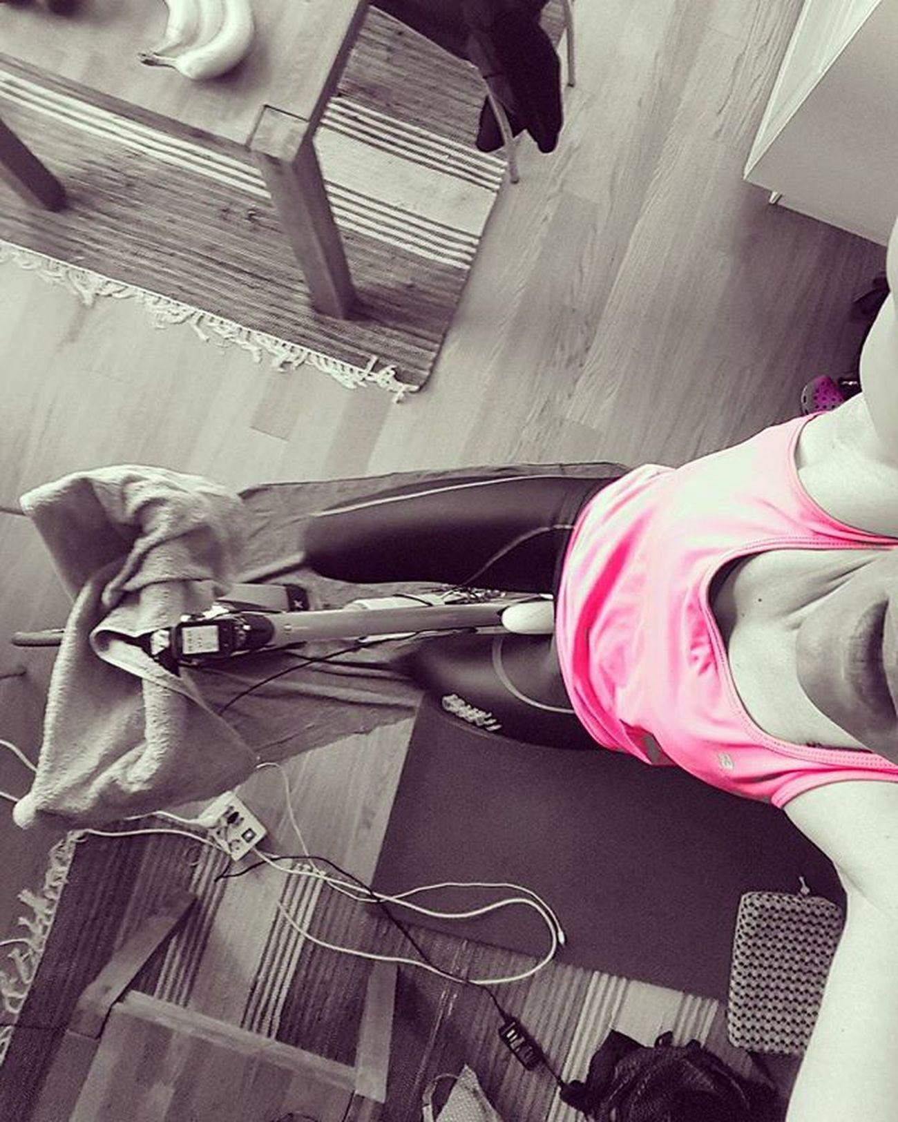 🤗🤗hopEfuLLy laSt weEk Of iNdooR cyCLiNg➡sPrinG iS aroUnD tHe coRneR🤗🤗 Cycling Stravaphoto Stravacycling Sykling Badassisbeautiful IndoorCycling  Womenonwheels Ridelikeagirl Sportaddict Wilier Craftcycling Ciclismo Ilovecycling LOVES_BIKES Loves_sport Instasport Kongsberg Paincave Bikegirl ILoveMyBike Fewmoredays Springcomeon Mylifemyadventure Keeponsmiling Lifeisgood ig_neverstopexploring maxjoy sportgirl nevergiveup