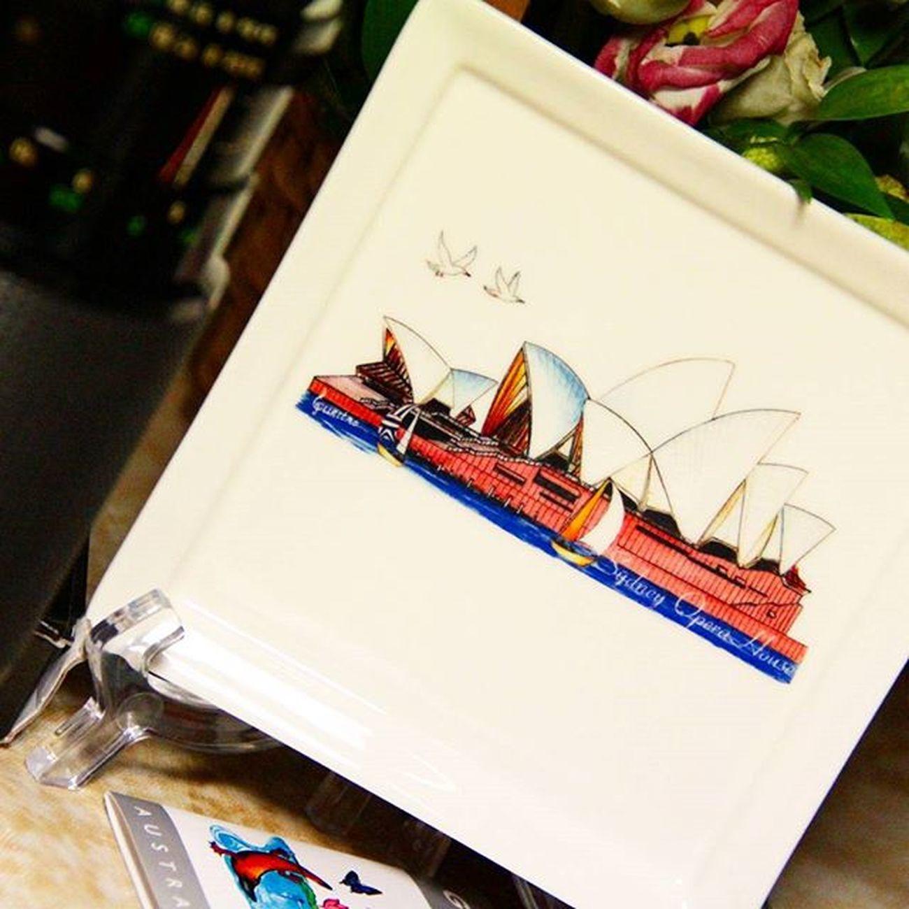 Как приятно получать подарки . приветы дальних стран от друга который уехалжитьв Австралия коллекция тарелка present regards far country friend Australia Sidney collection plate