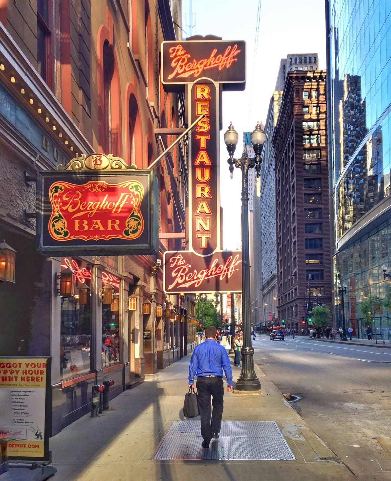 Chicago Classic Berghoff Bar And Restaurant 118 Years Old Chicago Architecture Chicagoloop Streetphotography Urban Landscape Urban Lifestyle EyeEm Best Shots Eyeemurban EyeEm Gallery Eyeemphotography Eye4photography  Eyeemfirstphoto Iphoneonly Amateurphotographer  Theatre District