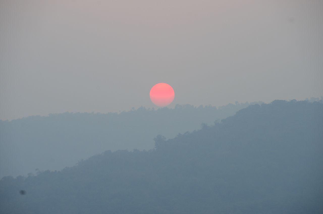 Sunset Thailand Nature Sunset_collection Sun EyeEm Nature Lover Sundawn Thailandtravel เขื่อนขุนด่านปราการชล Mountain Minimalism