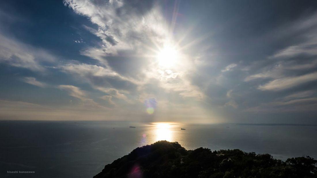 斜光に集まる漁船?まっぶしいけど神秘的だろうな。 Oblique Sunshine Sunlight 鋸山 Nokogiriyama Sea And Sky Seascape Landscape Landscape_photography