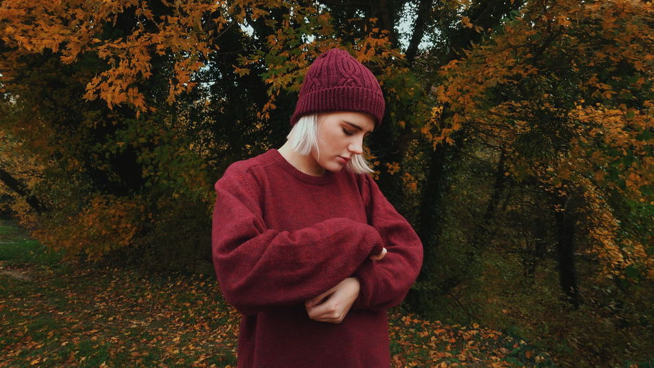 Knit Hat Sweater Wool Knitted  Red One Person Warm Clothing One Girl Only People Standing Tree Scarf Cardigan Sweater Outdoors Nature Day Human Body Part Adult EyeEm Best Shots EyeEm Gallery EyeEm